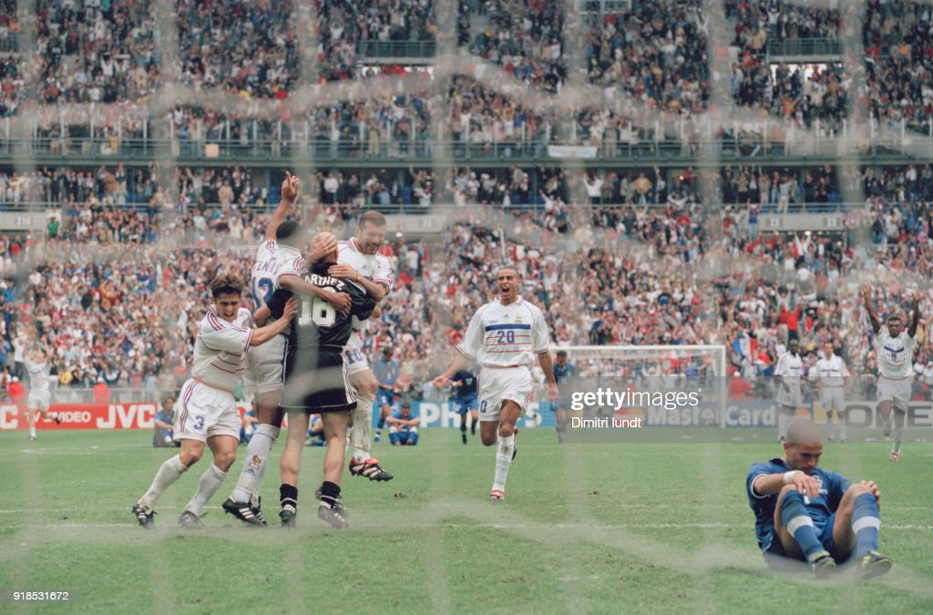 Soccer - 1998 World Cup - France Vs Italy - Italian soccer player Luigi Di Biagio fails the penalty, then France is semifinalist