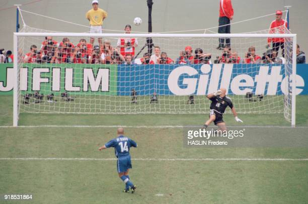 Soccer 1998 World Cup France Vs Italy Italian soccer player Luigi Di Biagio and french goalkeeper Fabien Barthez
