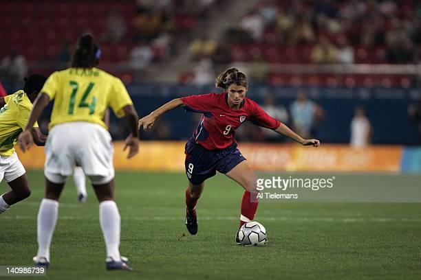 Summer Olympics: USA Mia Hamm in action vs Brazil Elaine during Women's Gold Medal Match at Karaiskaki Stadium. Athens, Greece 8/26/2004 CREDIT: Al...
