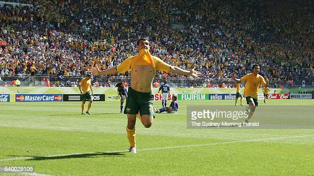 Soccer 2006 Australia's John Aloisi celebrates after scoring a goal during the World Cup match between Australia and Japan in Kaiserslautern 12 June...
