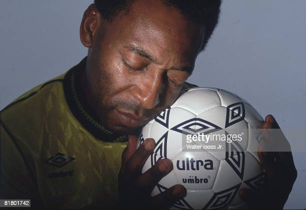 Soccer Closeup portrait of Pele with ball equipment New York NY 7/1/19877/31/1987