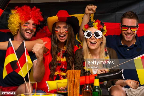 Fußball-Fans jubeln für Deutschland
