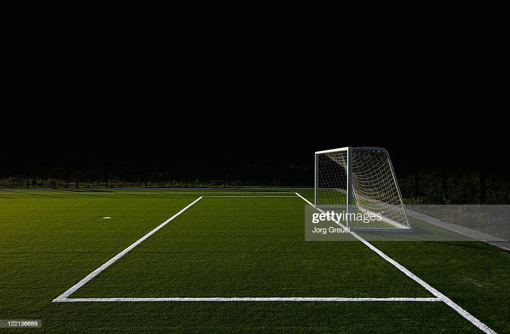 Soccer field at night : Foto de stock