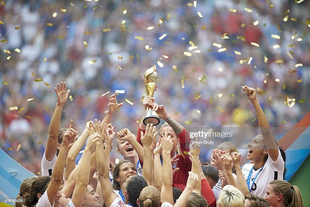 US Women's National Team vs Japan, 2015 FIFA Women's World Cup Final : News Photo