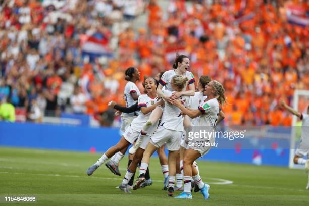 FIFA Women's World Cup Final USA team victorious on field after winning game vs Netherlands at Parc Olympique Lyonnais DécinesCharpieu France...