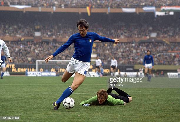FIFA World Cup Italy Roberto Bettega in action vs West Germany goalie Sepp Maier during Second Round Group A match at Estadio Monumental Buenos Aires...