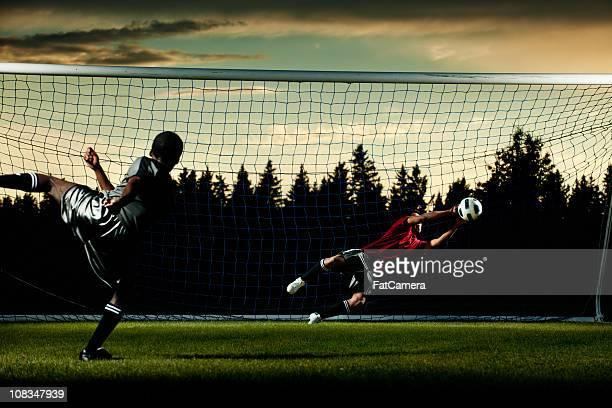 goal di calcio - fat soccer players foto e immagini stock