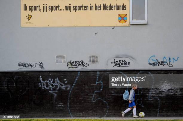Made In Belgiumfc Strombeek Illustration Illustratie Foot En Belgique Voetbal In Belgie Flandre Flanders Vlaanderen Wallonnie Walonie / Tim De...