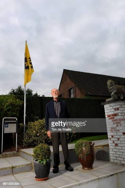 Made In Belgiumrobert Timmermans / Fc Strombeek Illustration Illustratie Ik Sport Jij SportWij Sporten In Het Nederlands Je Fais Du Sport Tu Fais Du...