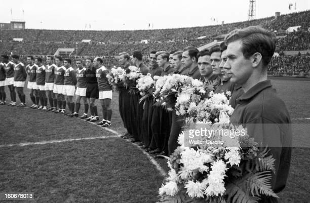 Soccer Match Ussr France In 1955 In Moscow En Russie ou URSS à Moscou le 23 octobre 1955 dans le stade Dynamo à l'occasion d'un match de football...