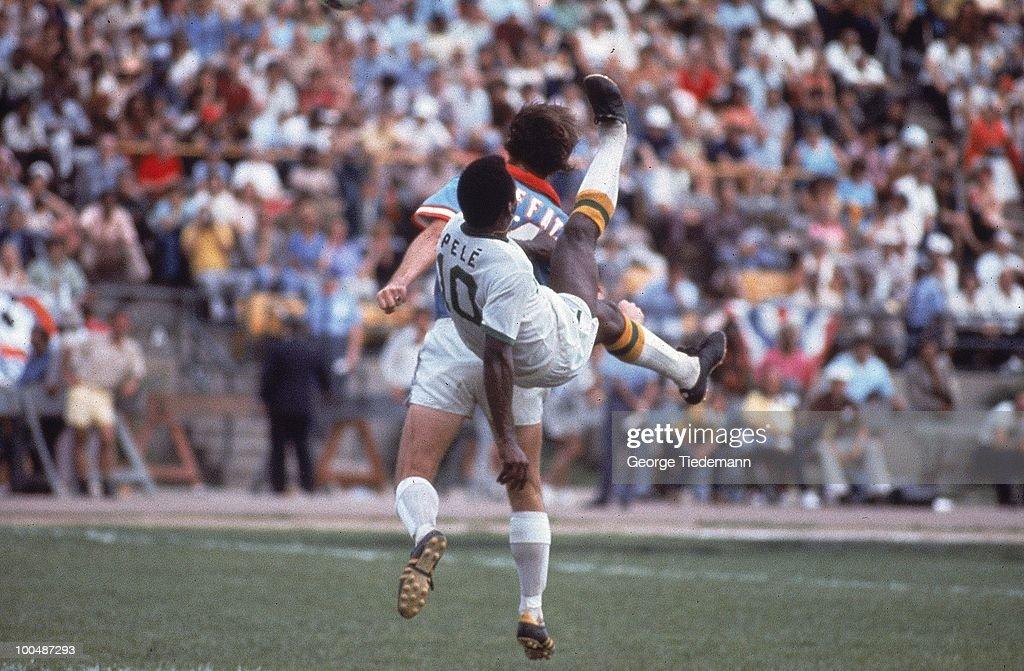 New York Cosmos Pele (10) in action, bicycle kick vs Dallas Tornado at Downing Stadium. New York, NY 6/15/1975