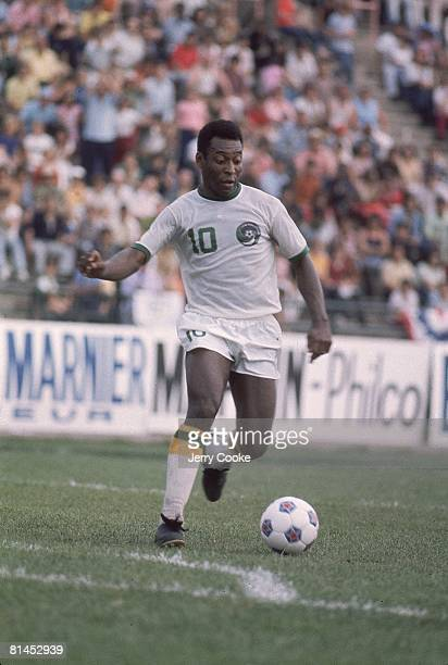Soccer: New York Cosmos Pele in action vs Dallas Tornado at Downing Stadium, New York, NY 6/15/1975