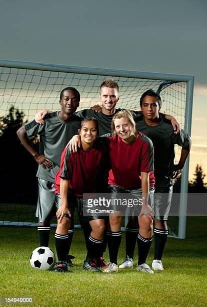 de fútbol - equipo de fútbol fotografías e imágenes de stock