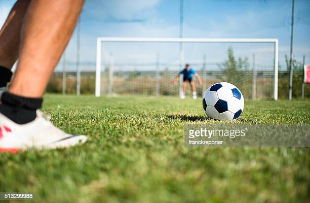 soccer player at the penalty - shootout stock pictures, royalty-free photos & images