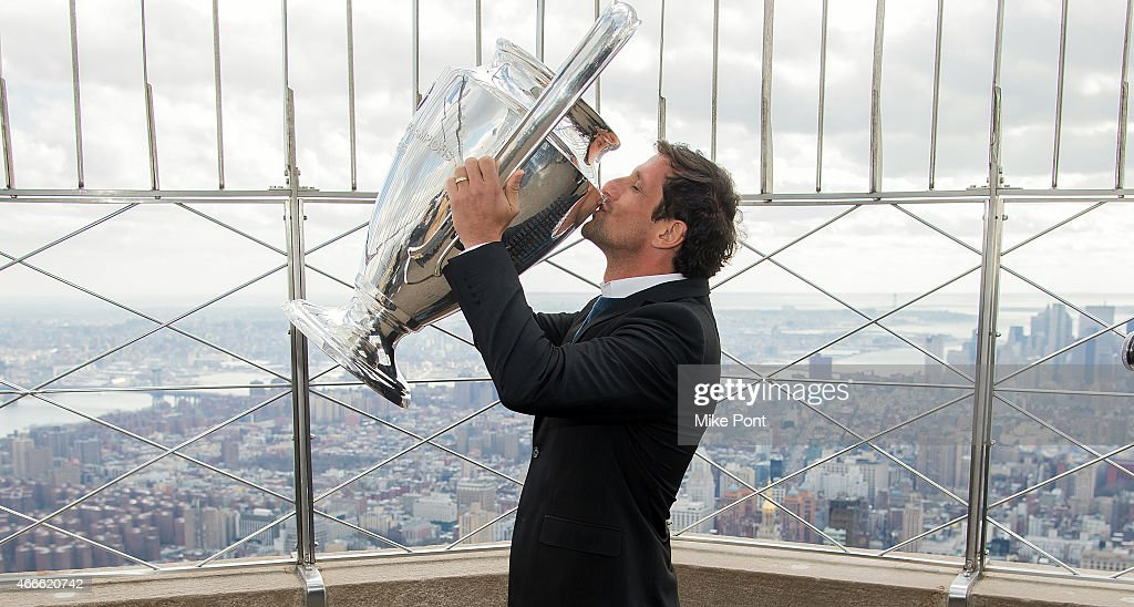 David Villa Visits The Empire State Building