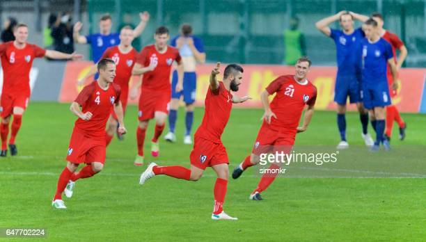 soccer players celebrating - football team stock pictures, royalty-free photos & images