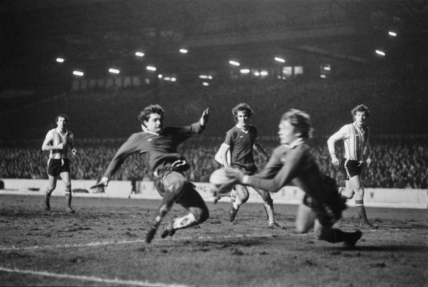 Soccer players in action during Chelsea v Southampton match at Stamford Bridge, London, UK, 12th January 1977.