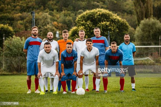 soccer players posing for photographing before the match - club football stock pictures, royalty-free photos & images