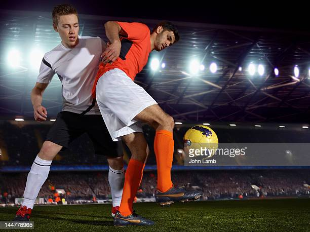 soccer skills - the championship football league stock pictures, royalty-free photos & images