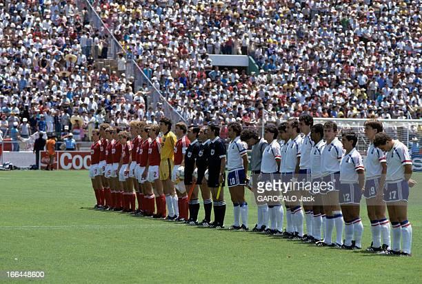 Soccer World Cup 1986 In Mexico Mexico 8 juin 1986 A l'occasion de la coupe du monde de football à Mexico reportage sur l'équipe de France ont l'URSS...