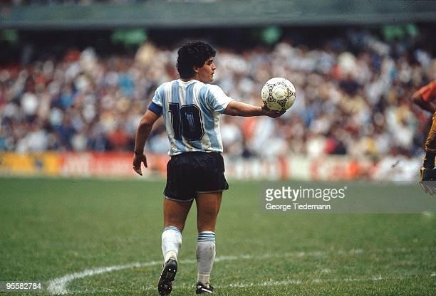 Argentina Diego Maradona in action vs Belgium during Semifinals at Estadio Azteca. Mexico City, Mexico 1/25/1986 CREDIT: George Tiedemann