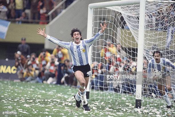 Soccer World Cup Final Argentina Mario Kempes victorious after scoring goal vs Netherlands Buenos Aires Argentina 6/25/1978