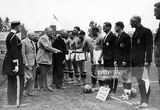 Soccer World Cup in Paris France French president Albert LEBRUN shaking hands with the Italian players before the final match between Italy and...
