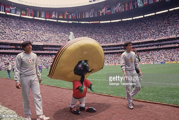 Soccer World Cup World Cup Mascot during opening ceremony of games Mexico City MEX 5/31/1986