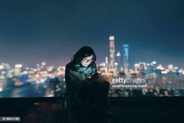 Soziale Verbindung in der Nacht