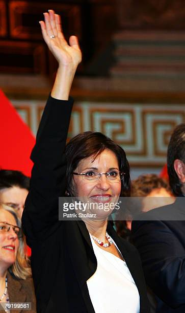 Social democrate Andrea Ypsilanti celebrates during the final election rally on January 24 2008 in Wiesbaden Germany Ypsilanti is the top candidate...