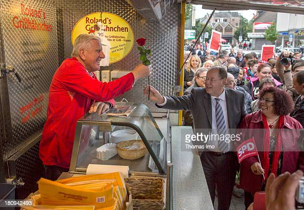 Social Democrats chancellor candidate Peer Steinbrueck during a road election campaign at a weekly market on September 18 2013 in GelsenkirchenHorst...