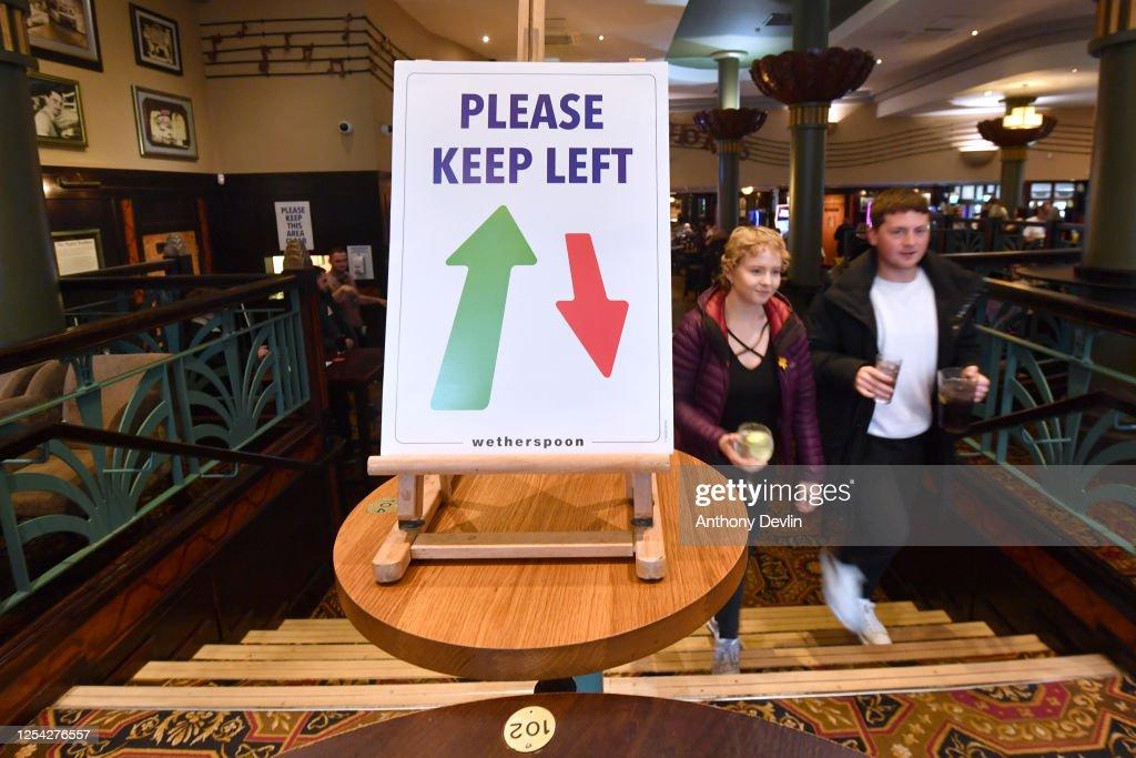 UK Pubs And Restaurants Reopen After Coronavirus Lockdown : News Photo