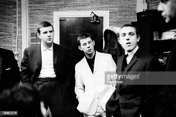 circa 1964 Great Britain Young Mods dressed in smart jackets get together By 1964 many of Britain's youth fell into 2 factions either the smartly...