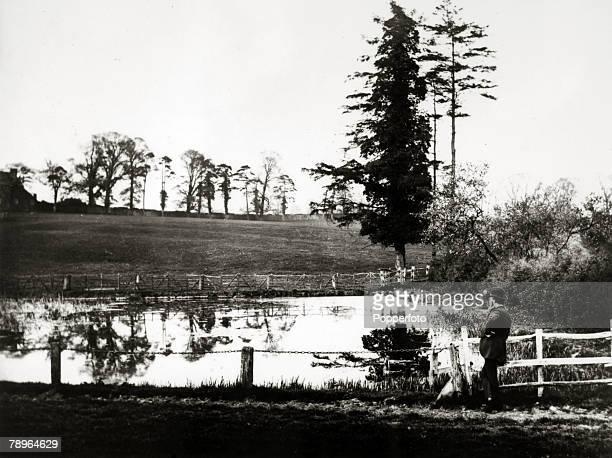 Social History Leisure Northampton Northamptonshire England pic circa 1890's Abington Park Northampton showing what is now the boating lake