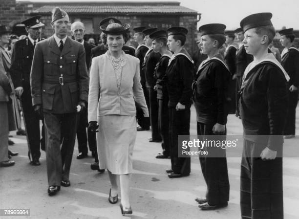 Social History Royalty World War Two pic 1943 Northampton Northamptonshire England The Duchess of Gloucester inspecting a contingent of Northampton...