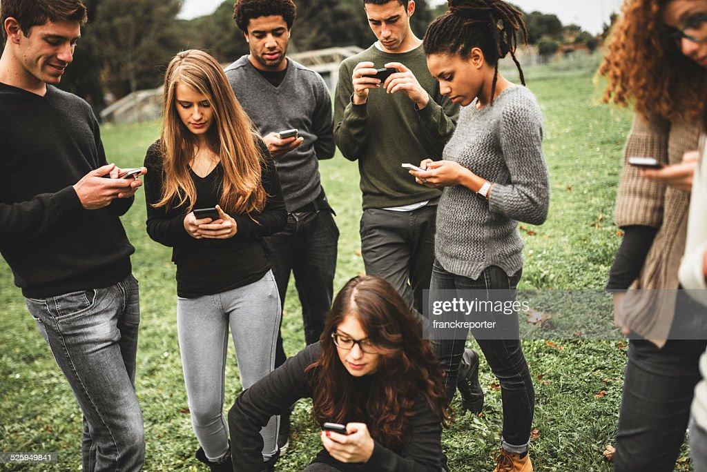 ソーシャルメディア依存症 : ストックフォト