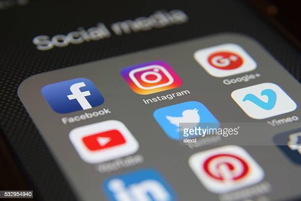 application médias sociaux