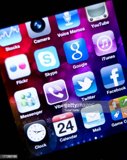 social media applications on apple iphone - calendar icon stock photos and pictures