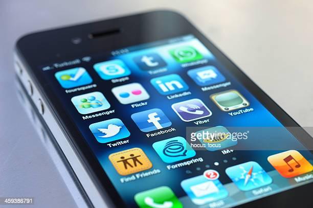 Les médias sociaux Apps sur iPhone 4