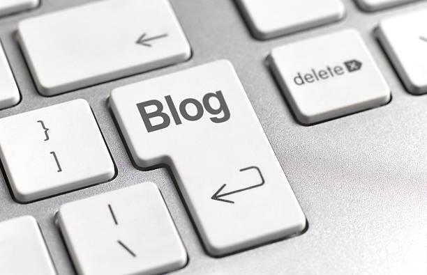 social media blog key on keyboard picture