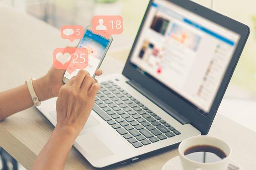 Social media concept 924676402