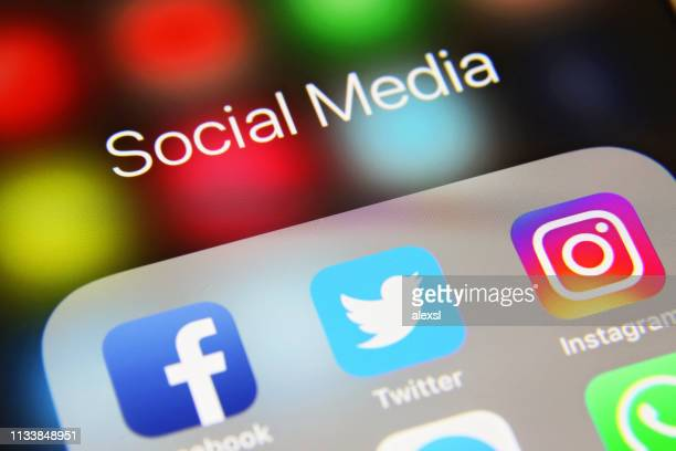 social media icons internet app application - twitter stock pictures, royalty-free photos & images