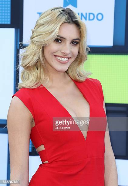 Social media influencer Lele Pons attends The 2016 Latin American Music Awards at Dolby Theatre on October 6 2016 in Hollywood California