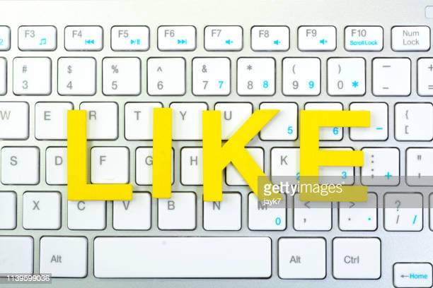 social media likes - social media marketing stock pictures, royalty-free photos & images