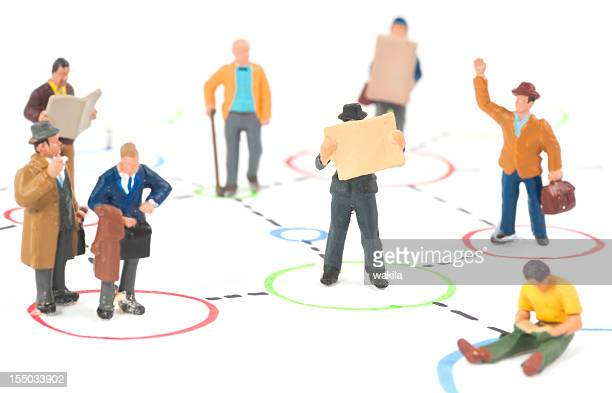 Social Media people standing in circles