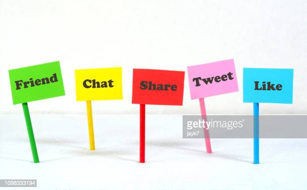 social media - social media marketing stock pictures, royalty-free photos & images