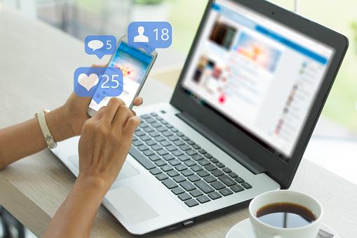 Social media 1201792304
