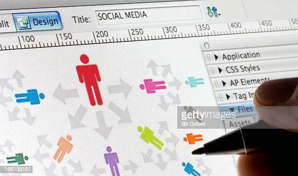 Médias sociaux:  Logiciel Web