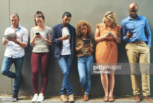Las redes sociales ayuda a llegar a la gente más fácil y rápida