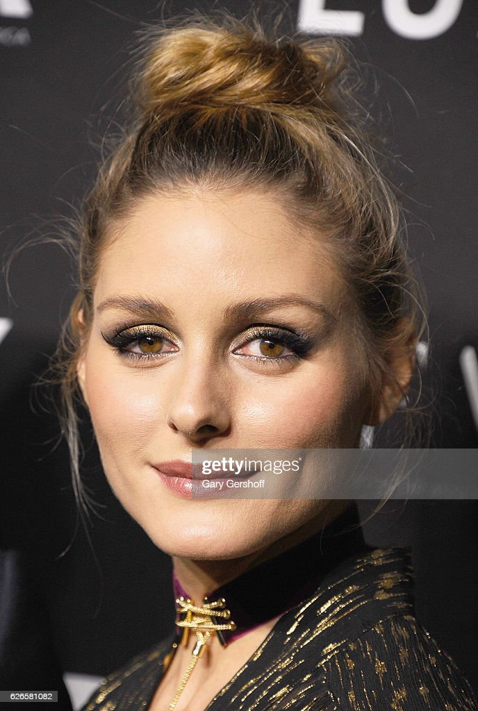 Socialite and model Olivia Palermo attends the 30th FN Achievement awards at IAC Headquarters on November 29, 2016 in New York City.